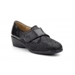 Special wide leather shoe...