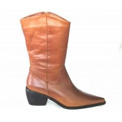 Brown Leather boot  Cuban heel