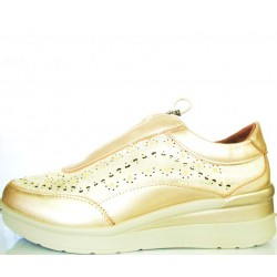 Gold sporty with soft skin...